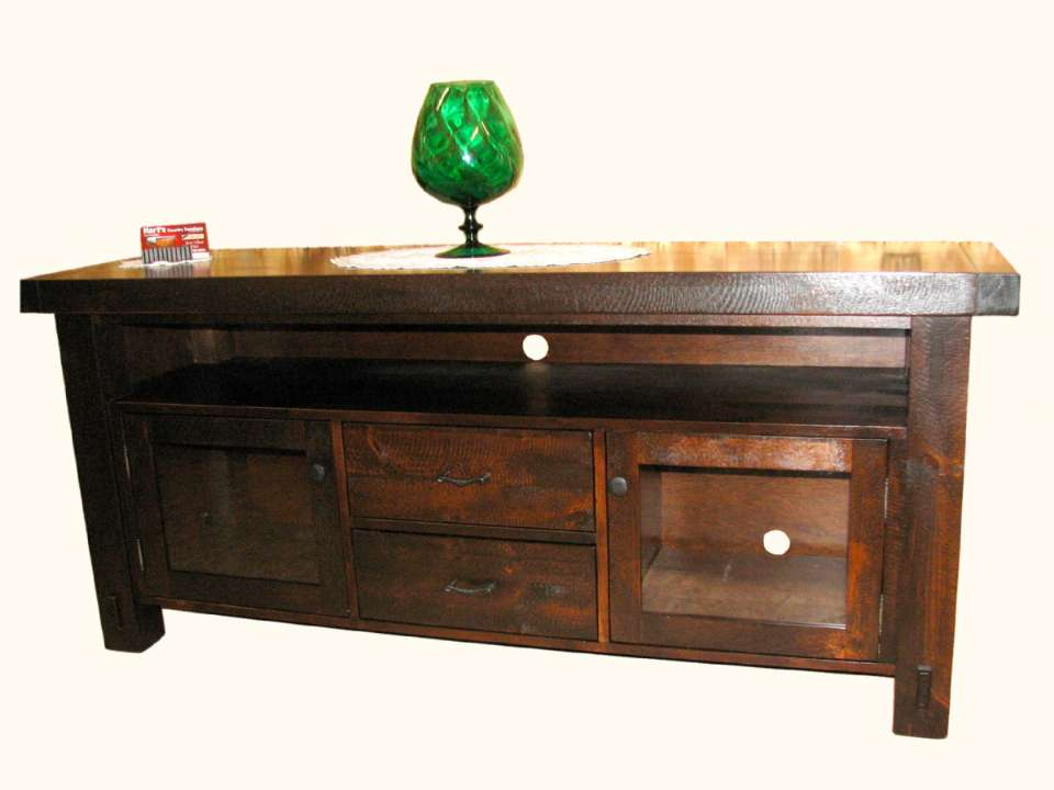 Mennonite Rustic Pine Yukon 70 in TV Centre