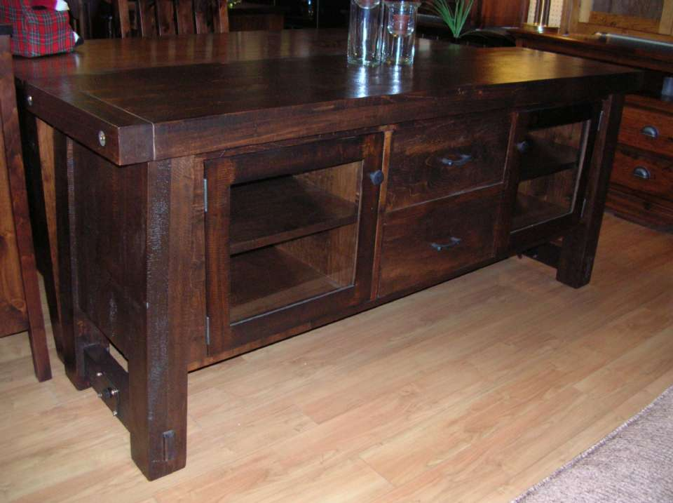 Yukon Pine Entertainment Center